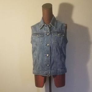 3for$20 - Gap sleeveless jean jacket